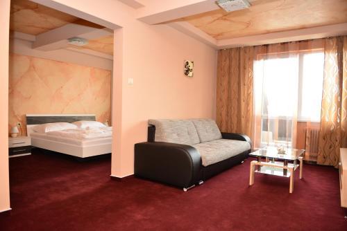 . Hotel Ďumbier