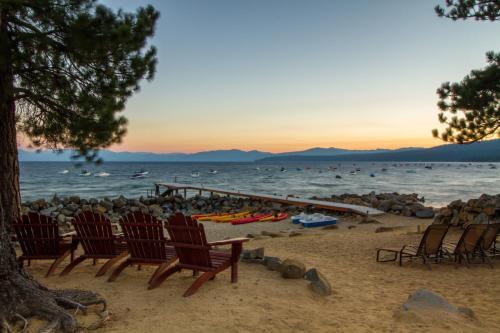 Red Wolf Lakeside Lodge - Hotel - Tahoe Vista