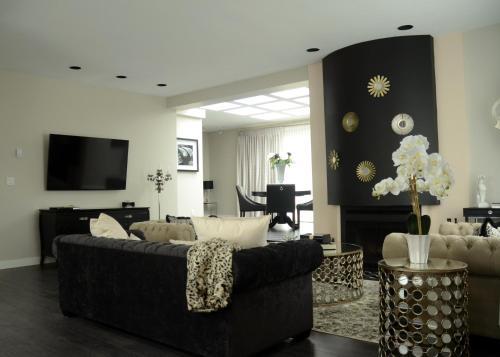 Rosellen Suites at Stanley Park - Apartment - Vancouver