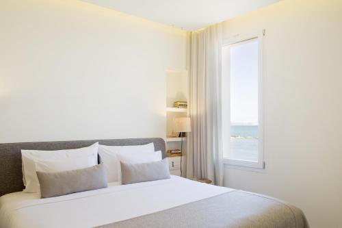 Double Room with Sea View Hostal Spa Empúries 3