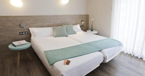 . Hotel y Aparthotel Dos Rios