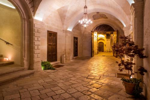 . Palazzo Viceconte