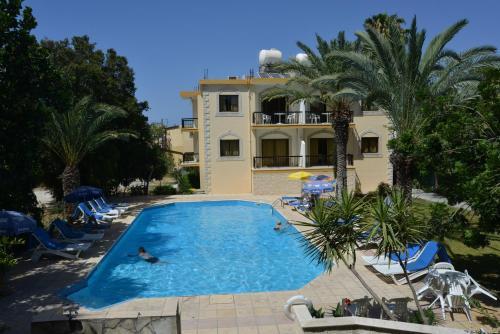 Odysseas & Eleni Hotel Apartments