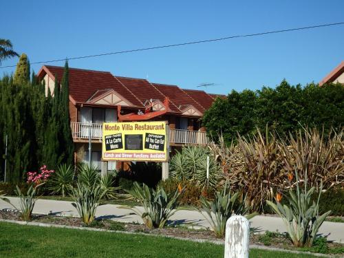 . Monte Villa Motor Inn