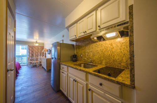 Ala Moana Motel & Suites - Wildwood, NJ 08260