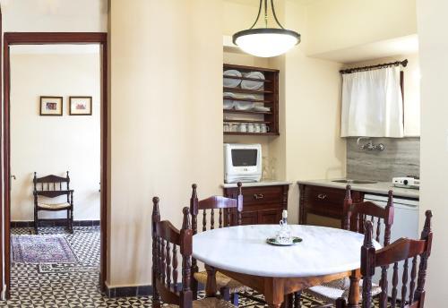 Фото отеля Palazzo Arhontiko Apartments