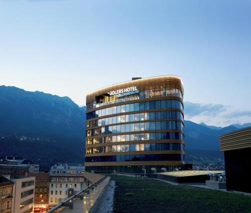 1 Bruneckerstrasse, 6020 Innsbruck, Austria.
