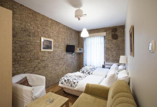 Istanbul Mavikonak Apart & Hotel yol tarifi
