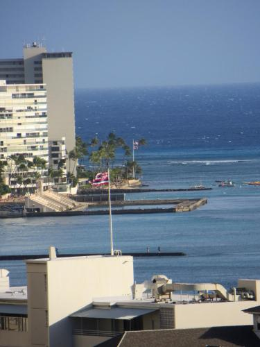 Waikiki Place Studios At The Marine Surf Waikiki - Honolulu, HI 96815