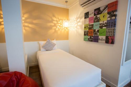 First House Hotel Bangkok photo 22
