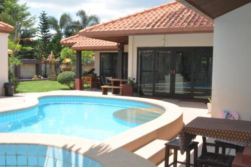 Villa South Pattaya Beachfront Villa South Pattaya Beachfront