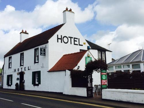 . The Upper Largo Hotel & Restaurant