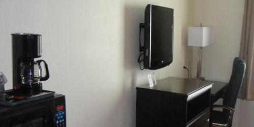 Regency Inn & Suites - Texarkana, AR 71854