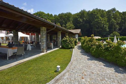 Via Due Riviere 24C, 28011 Armeno, Italy.