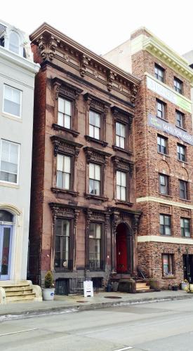 HI - Baltimore Hostel - Baltimore, MD 21201