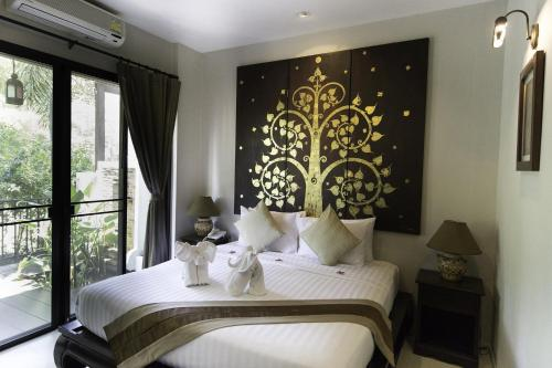 Tharaburi Resort room photos