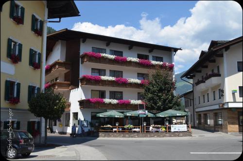 Gasthof Kirchenwirt - Hotel - Zell am Ziller
