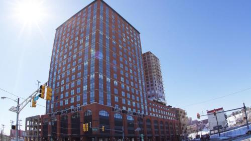 Jersey City Lofts In Soho West - Jersey City, NJ 07310