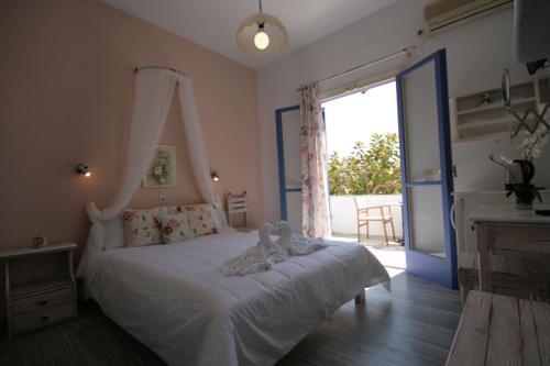 Parikia, Parikia, 84400, Paros, Greece.