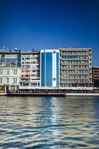 Pasaport Pier , Pension in Izmir