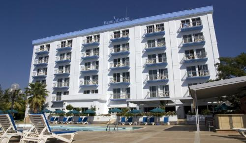Blue Crane Hotel Apts - Photo 2 of 33