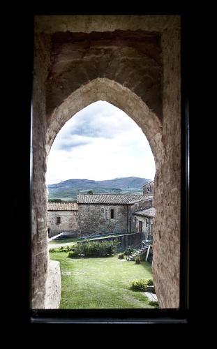 Via della Fiera, 58044 Porrona, Cinigiano GR, Italy.