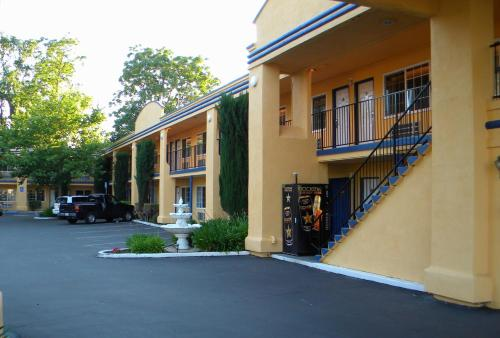 Americas Best Value Inn Chico - Chico, CA 95928