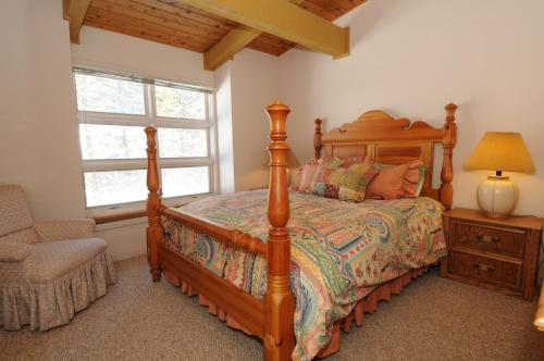 Beaverhead Condos At Big Sky Resort - Big Sky, MT 59716