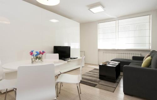HotelBelgrade Central Apartment Adore