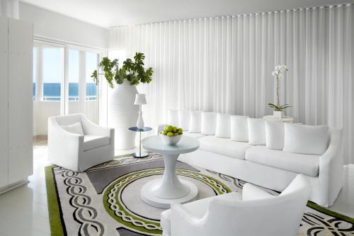 1685 Collins Avenue, Miami Beach, 33139, United States.