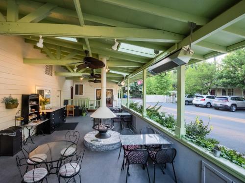 Eurospa & Inn - Calistoga, CA 94515