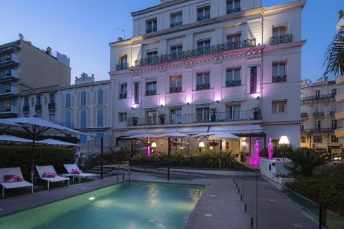Hôtel Le Canberra - Hôtel - Cannes