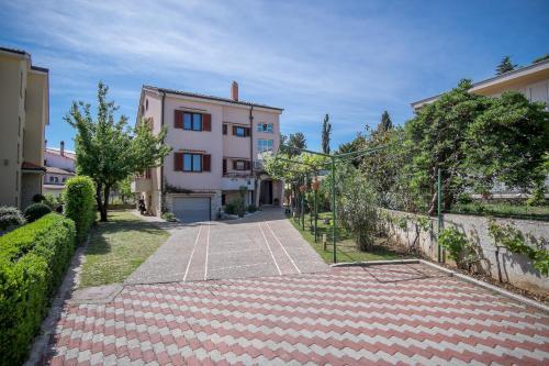 . Apartments Durda