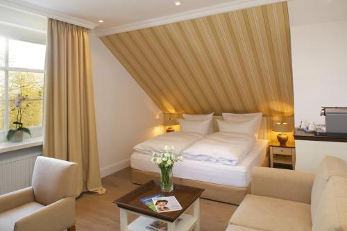 Romantik Hotel Fuchsbau room photos