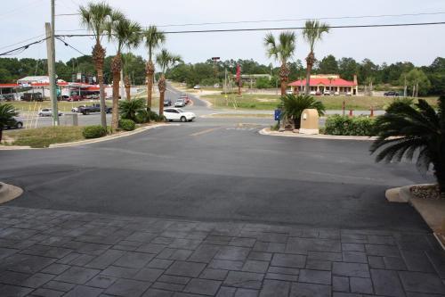 Baymont By Wyndham Crestview - Crestview, FL 32536