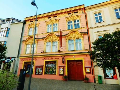 . Hotel Morava