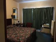 Budget Inn Of America - New Martinsville, WV 26155