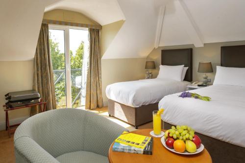 . Hylands Burren Hotel