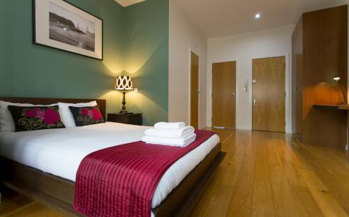 St James House Self Serviced Apartments, Notting Hill