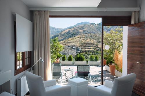 Habitación Doble Superior con terraza La Almunia del Valle 22