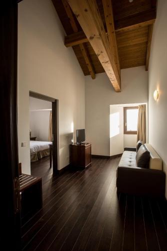 Junior Suite Palacio del Infante Don Juan Manuel Hotel Spa 8