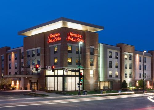 Hampton Inn & Suites Omaha-Downtown - Omaha, NE NE 68102