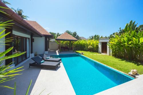 Villa Iorangi by TropicLook: Suksan Style Rawai Beach Villa Iorangi by TropicLook: Suksan Style Rawai Beach