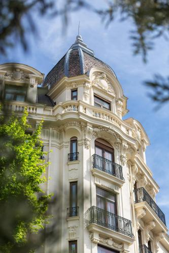 29 Avenue Thiers, 06000 Nice, France.