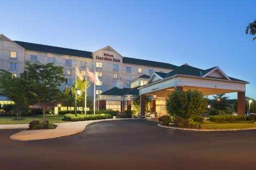 Hilton Garden Inn Edison-Raritan Center