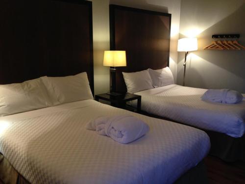 Centro Motel - Calgary, AB T3B 0M6