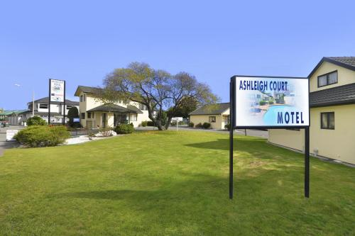 Ashleigh Court Motel - Photo 8 of 21