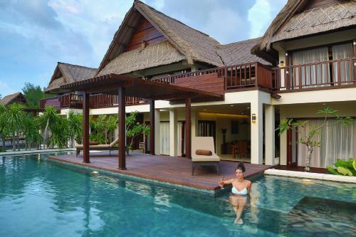 Hotels Near Aston Sunset Beach Resort Gili Trawangan In
