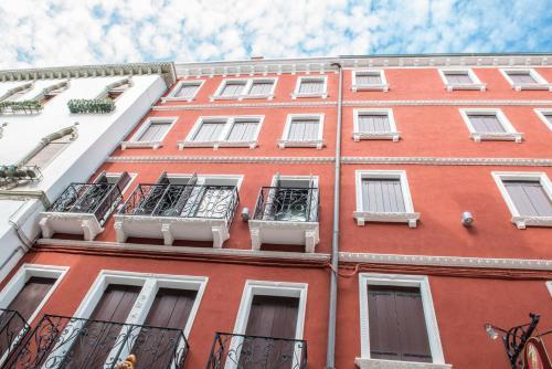 . Piccola Venezia Apartments