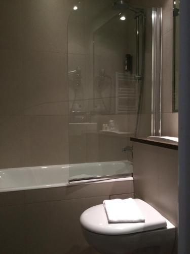 Hotel de Neuve by Happyculture photo 5